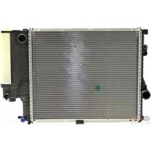Радиатор BMW E39 95-00  520Х440