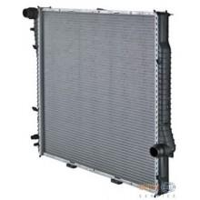 Радиатор BMW E53 X5 590X595Х26 АКП