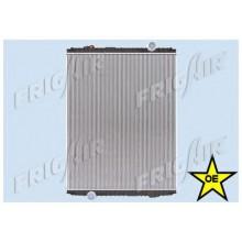 Радиатор без рамы  Версия valeo  KERAX 97- PREMIUM 96- 825X727X52