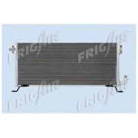 Радиатор кондиционера FH12 (93-),FL10 (95-) 842X359X24